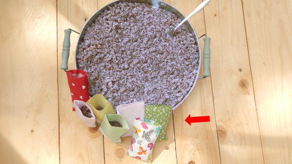 Stoff Resteverwertung Lavendesaeckchen